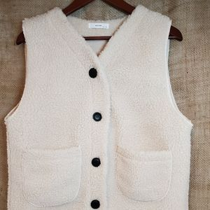 Jackets & Blazers - Sherpa fleece teddy bear style vest